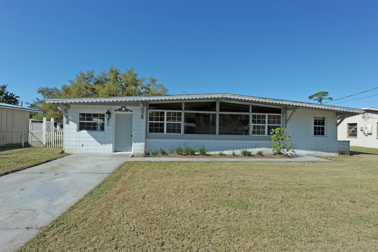 464 Judy AStreet, BANK-OWNED in New Smyrna Beach, FL