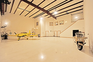108 Aces Alley, Aircraft Hangar with Offices, Apartment at Spruce Creek Fly-In