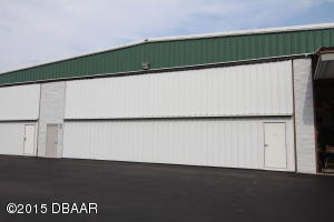 139 Aces Alley, Commercial Hangar in Spruce Creek