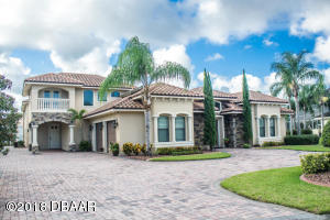 1721 Baron Court, Hangar Home in Spruce Creek