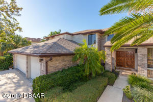 1777 Mitchell Court, Hangar Home in Spruce Creek