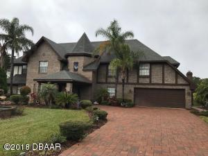 1779 Earhart Court, Hangar Home in Spruce Creek