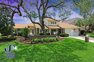 1824 Lindberg Lane, Renovated Hangar Home in Spruce Creek Fly-In