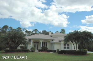 1832 Summer Green, Home in Spruce Creek Fly-In