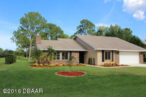 1870 Seclusion Drive, Golf Course Home in Spruce Creek