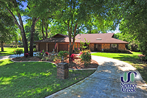 1886 Spruce Creek - Golf Course Home in Spruce Creek
