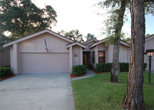 1906 Whisperwood Way, Condo Villa in Woodside at Spruce Creek
