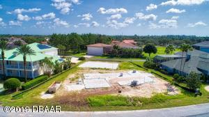 1916 Canadair Ct., Hangar Home in Spruce Creek Fly-In