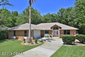 1943 Spruce Creek Landing, Home in Spruce Creek