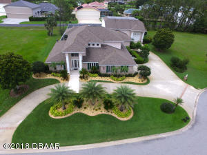 2033 King Air Court, Hangar Home in Spruce Creek Fly-In