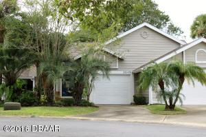 2049 Cornell Place, Condo in Fairway Chase at Spruce Creek