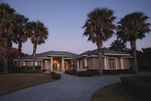 2522 Tail Spin Trail, Hangar Home in Spruce Creek