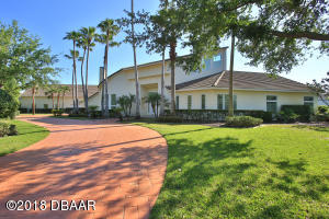 2078 Country Club Drive, Hangar Home