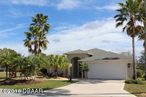 2100 Springwater lane - Waterfront Nature Home in Spruce Creek