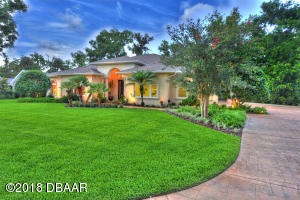 2600 Spruce Creek Blvd., Nature Home in Spruce Creek