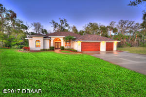 2602 East Spruce Creek Boulevard, Nature Home in Spruce Creek