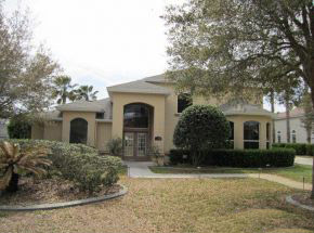 2890 Rickenbacker Trail, Hangar Home in Spruce Creek