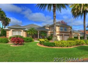 2895 Borman Court, Magnificent Hangar Home in Spruce Creek Fly-In