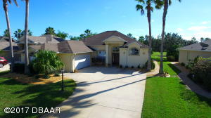 3104 Waterway place, Home in Spruce Creek