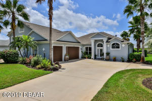 3106 Springwater Lane, Waterfront Home in Spruce Creek Fly-In