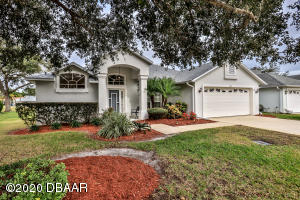 3195 Steamboat Ridge Ct, Nature Home in Turtle Pointe section of Spruce Creek