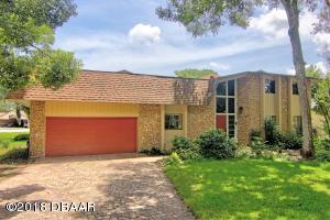 6 Lazy Eight Drive, Hangar Home in Spruce Creek